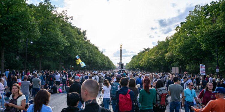 Demonstration gegen die Anti-Corona-Maßnahmen in Berlin