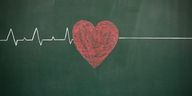 Eine EKG-Linie simuliert ein Herz, dass aufgehört hat zu schlagen.