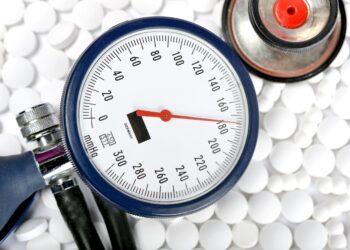 Kann eine nachlassende Gedächtnisleistung mit der Hilfe von speziellen Blutdruck senkenden Medikamenten verhindert werden? (Bild: redaktion93/stock.adobe.com)