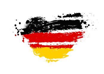 Ein Herz in den Farben der deutschen Flagge.